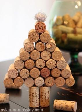 7-Wine-cork-Christmas-tree